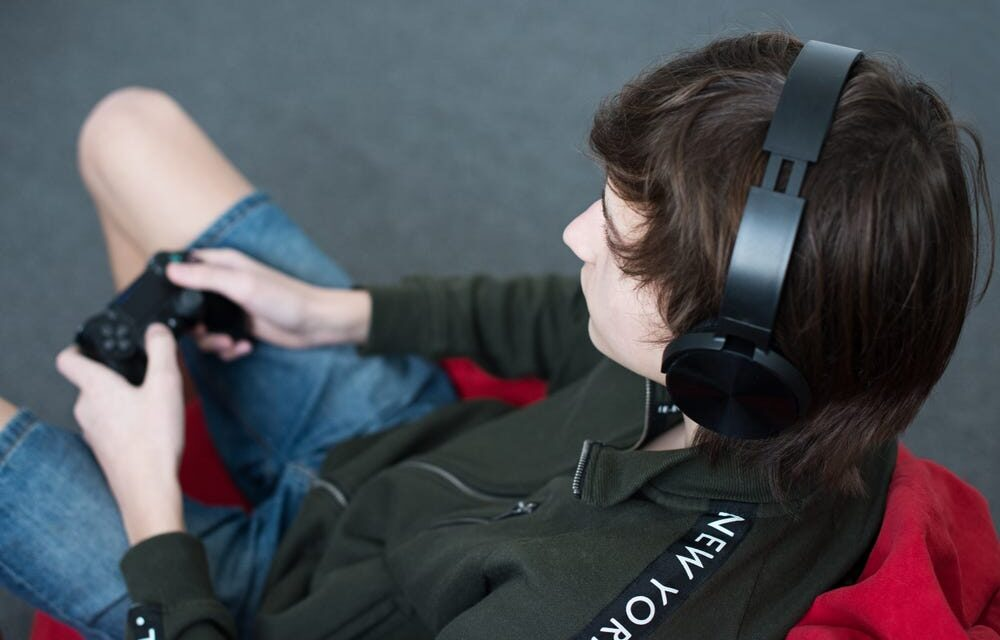 How to Pair your Bluetooth Earphone to Sony PlayStation?